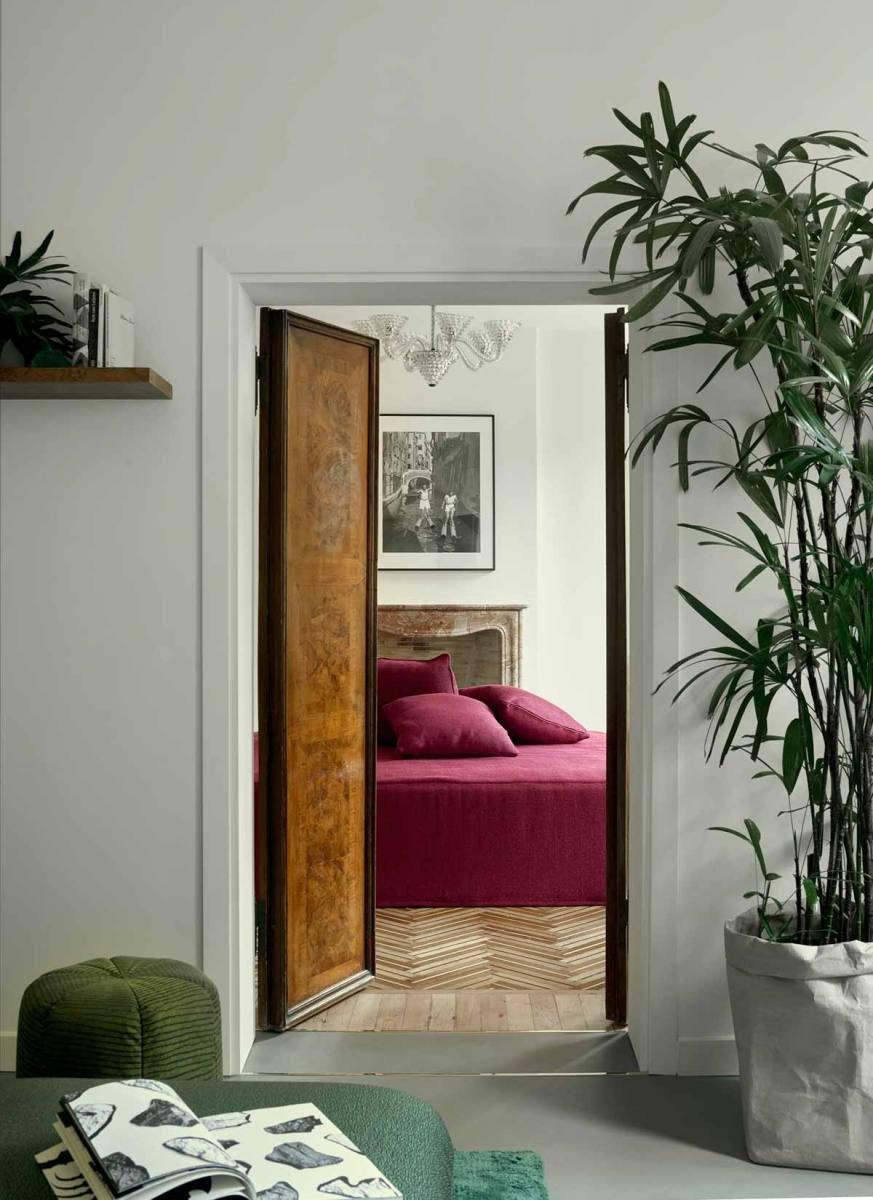 luxury-italian-villas-LIV-CasaFloris-Bedroom100204