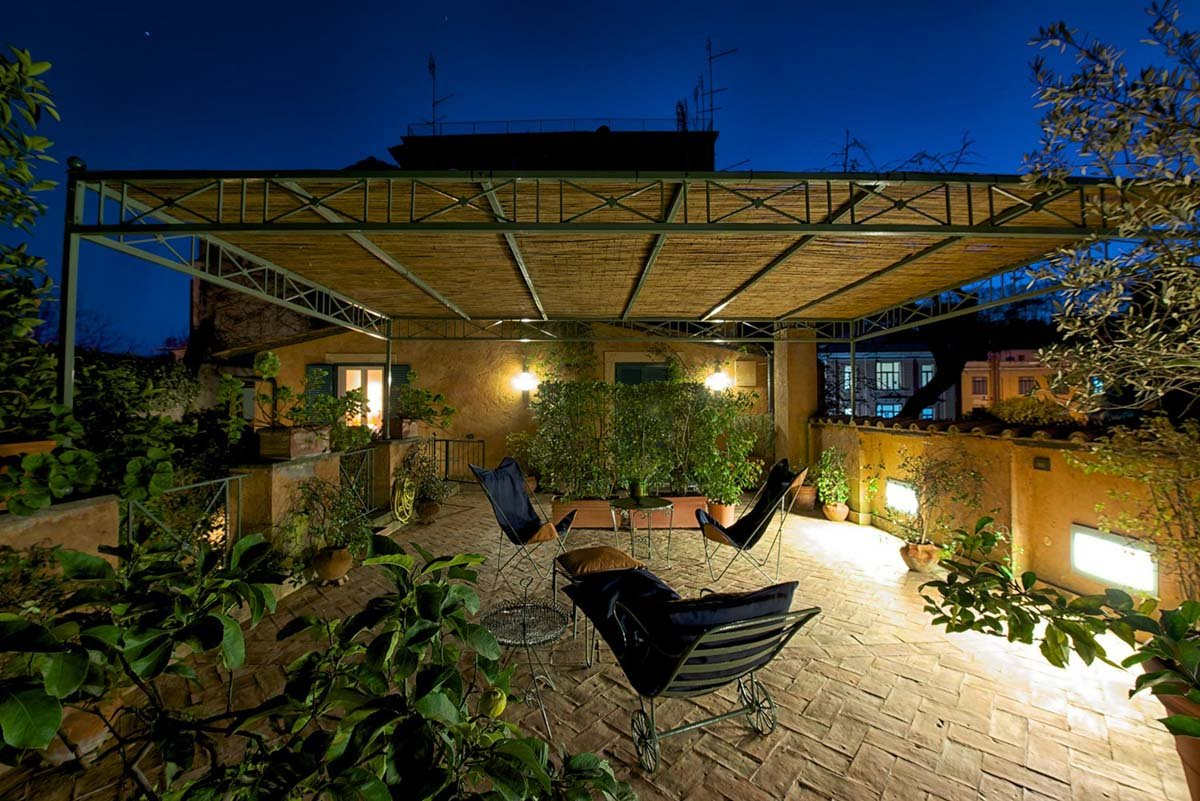 luxury-italian-villas-RomeHotelJuddPrivateTerrace