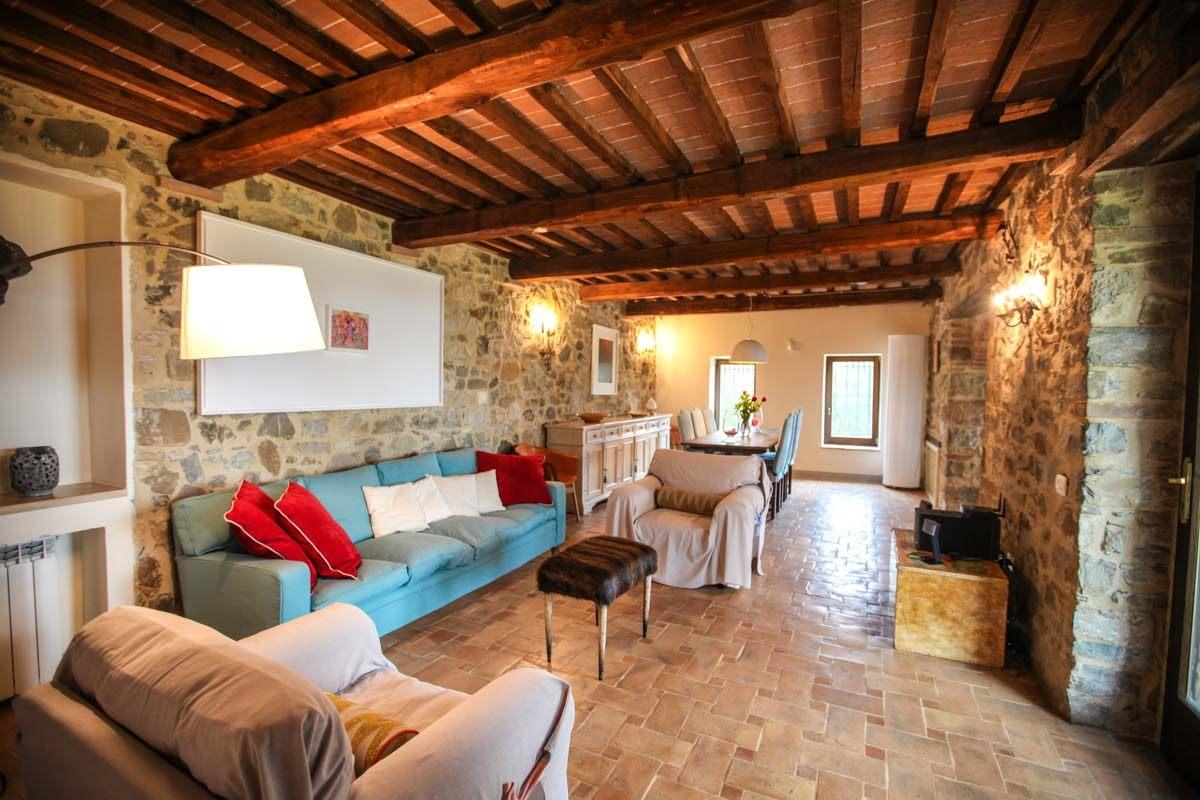 luxury-italian-villas-Podere-di-Stella-1200071