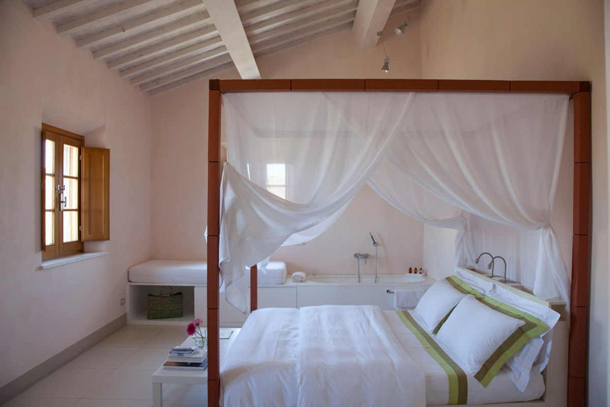 luxury-italian-villas-Podere-Rossellino-1200023