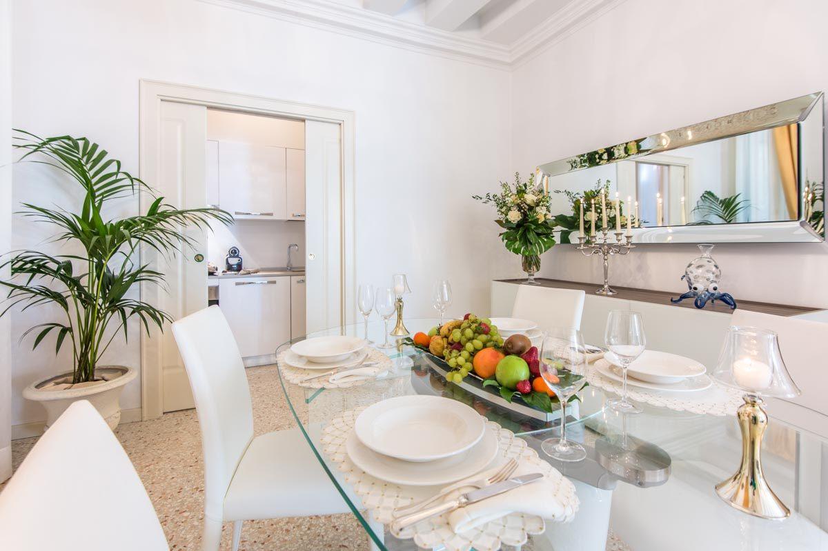 luxury-italian-villas-Venice-San-Teodoro-Palace-300043