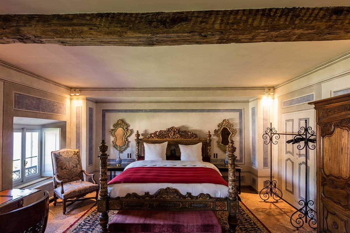 luxury-italian-villas-VillaBalbainoBedroom100079