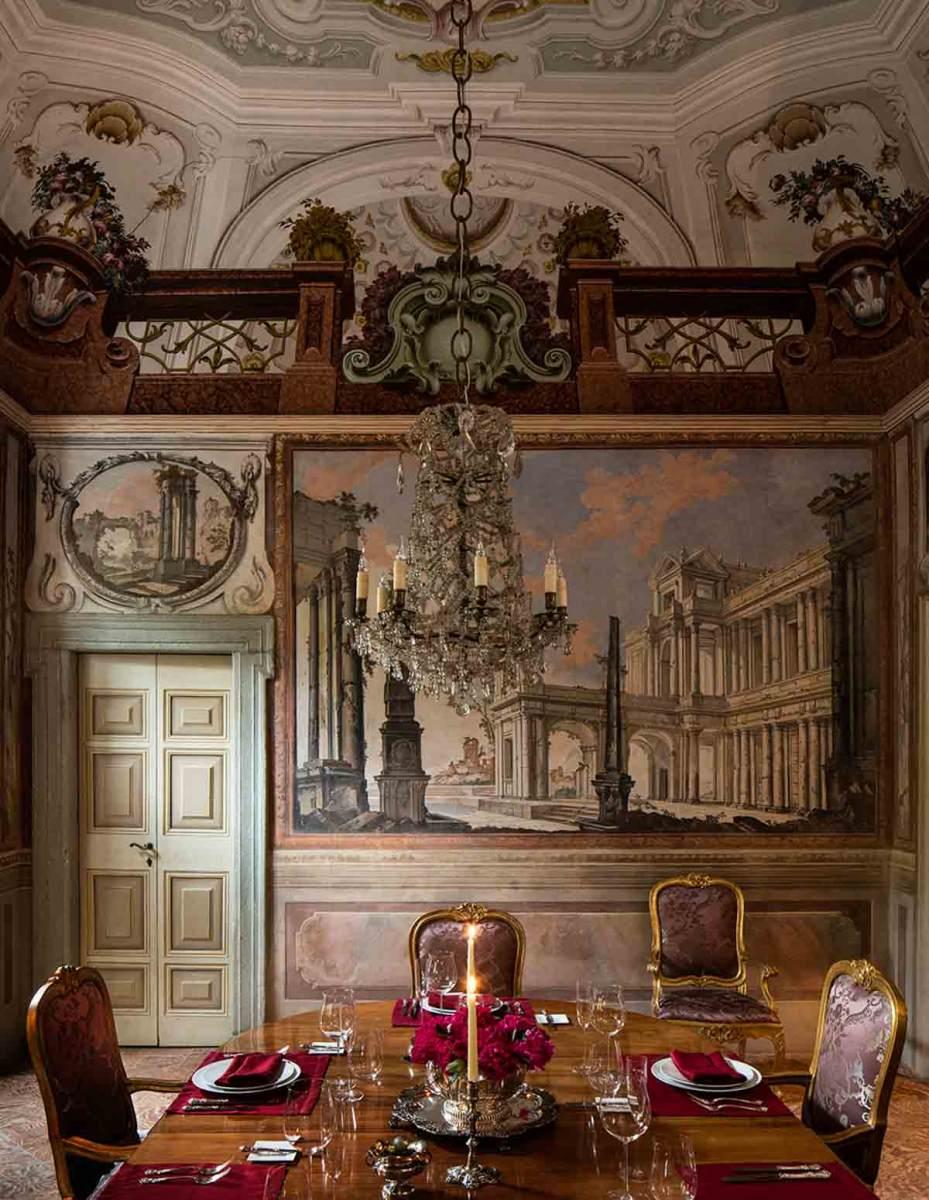 luxury-italian-villas-VillaBalbainoDiningRoom00078