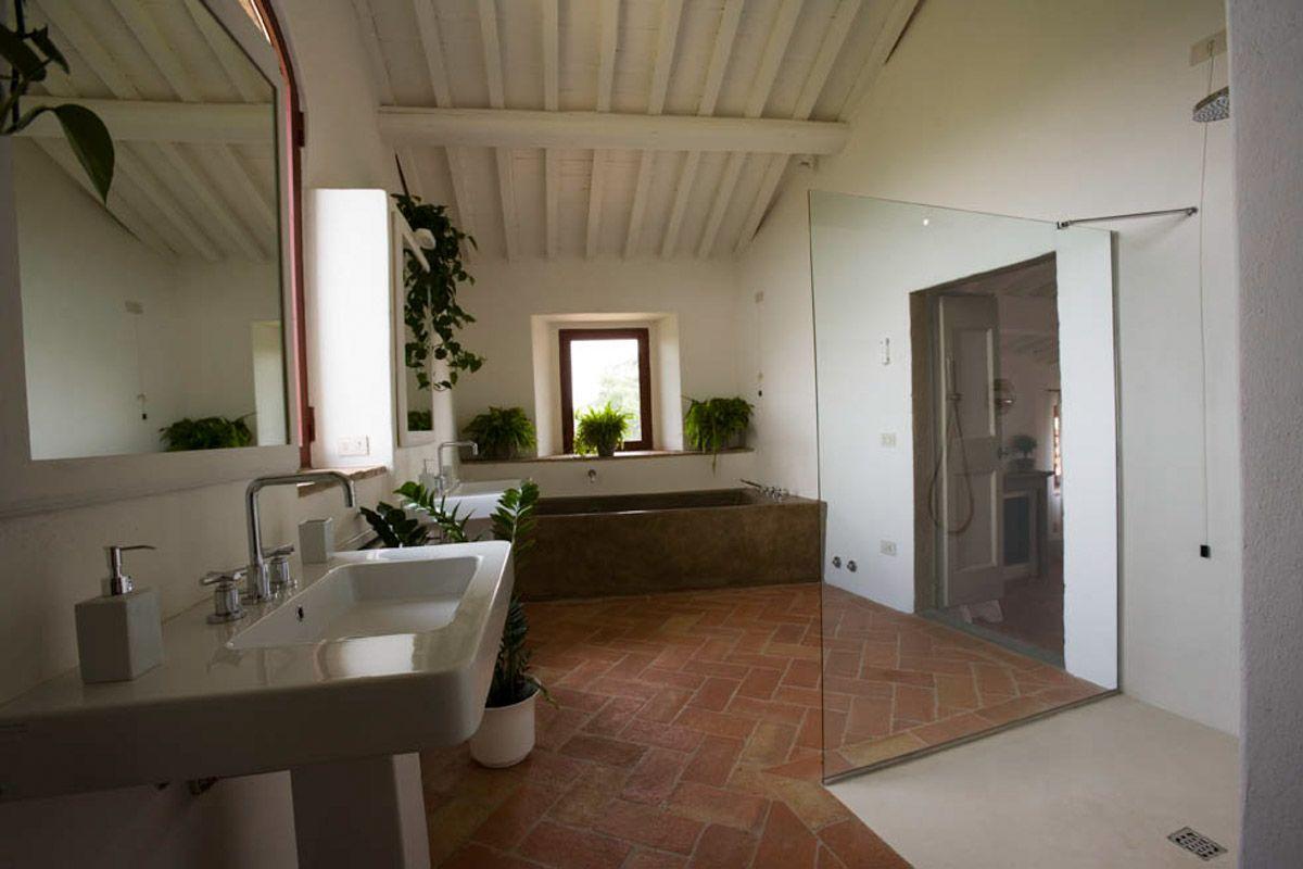 luxury-italian-villas-Villa-Puccini-1600020