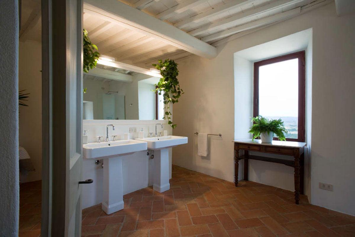 luxury-italian-villas-Villa-Puccini-1700021